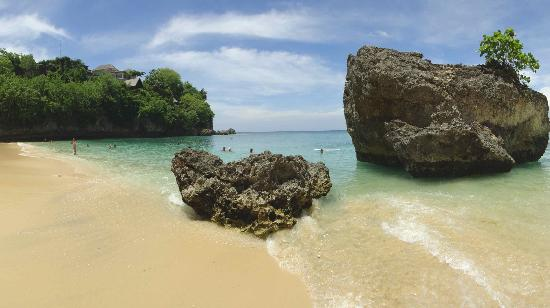 除了Padang Padang Beach,峇里還有很多靚沙灘。