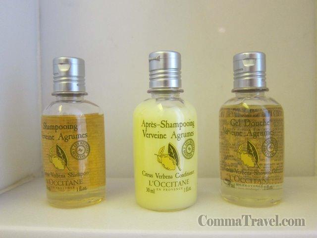 知微見著,用得L'Occitane的洗頭水沐浴露,顯露五星級風範。