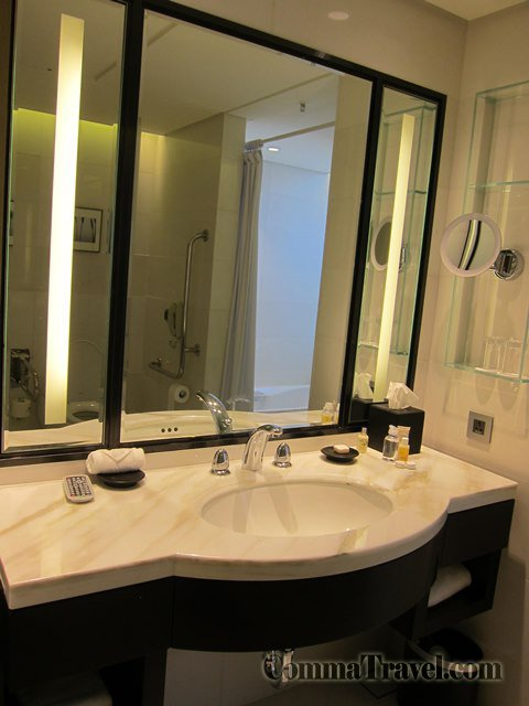 標準的酒店式洗手枱。